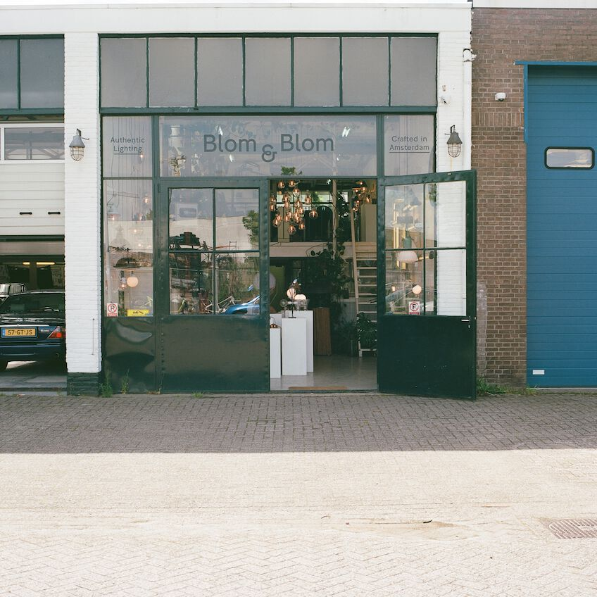 Front of the store Blom & Blom